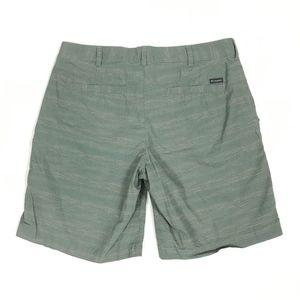 """Columbia Polka Dot 9"""" Casual Flat Front Shorts"""